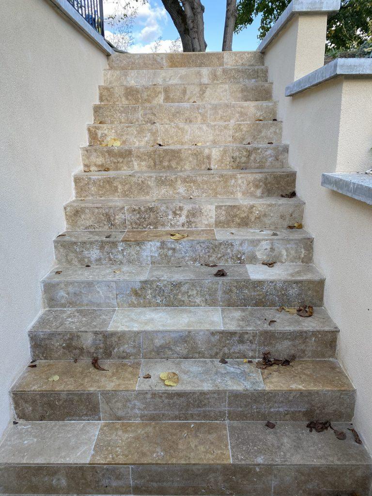 Marches escaliers après